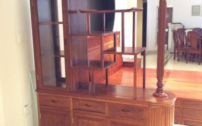 东阳家具市场非花产品书桌,餐桌,沙发,大床,圆台