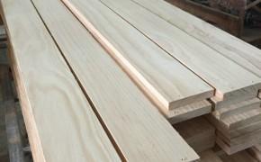 精品辐射松家具材 烘干 自然宽 实木木板定做