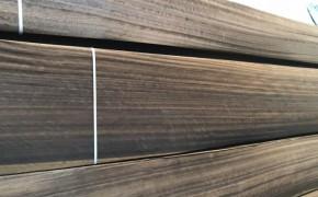 烟熏碳化山直纹松木木皮