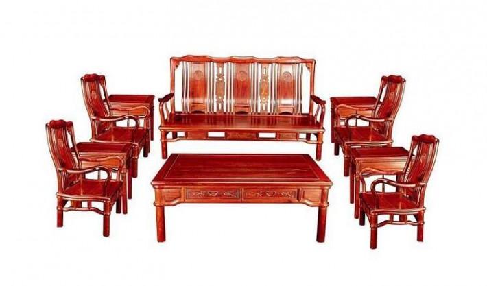 为什么我的观点是偏黄的红木家具不宜多雕工呢