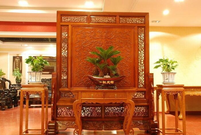 古典家具主要是清代和清代以前的家具留传下来的