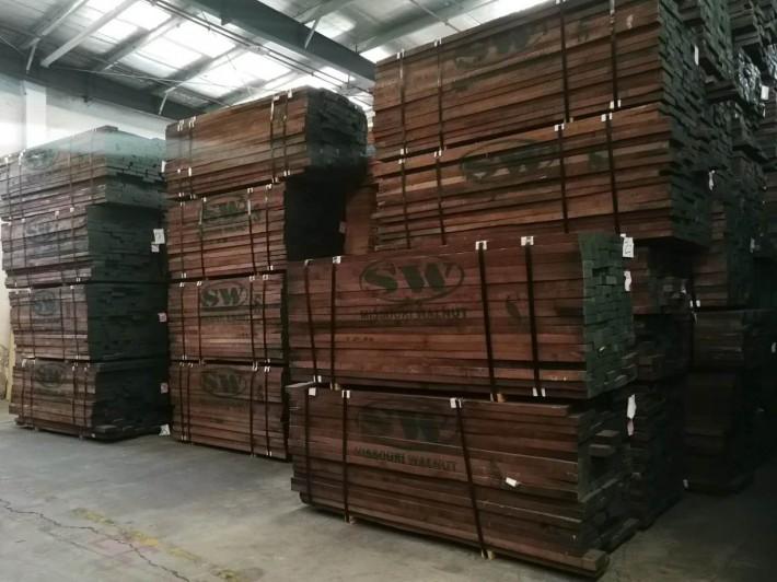 美国进口黑胡桃木板材批发价格