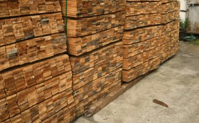 新西兰辐射松托盘木料批发