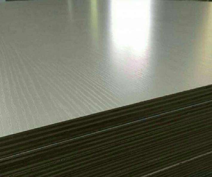 江苏佳诚木业有限公司是一家专业生产销售生态板,家具板,生态多层板为主加工型企业