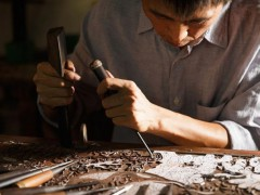 家具做工:都以为投资红木家具选对高档材料就能升值,大错特错