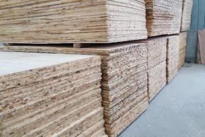辐射松贴面板,木工板