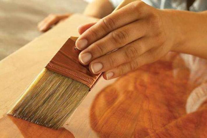 而且大多数油漆具有高度亲脂性,极易通过细胞膜,蓄积于中枢神经系统内