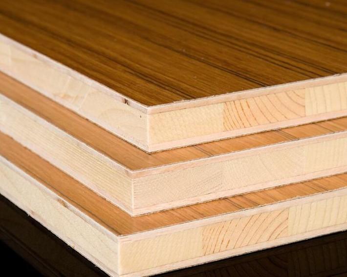 多层实木(胶合板)、细木工板(如马六甲、杉木、桐木、杨木等)的三聚氰胺饰面板
