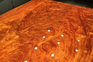 极品波浪纹巴花实木大板全方边