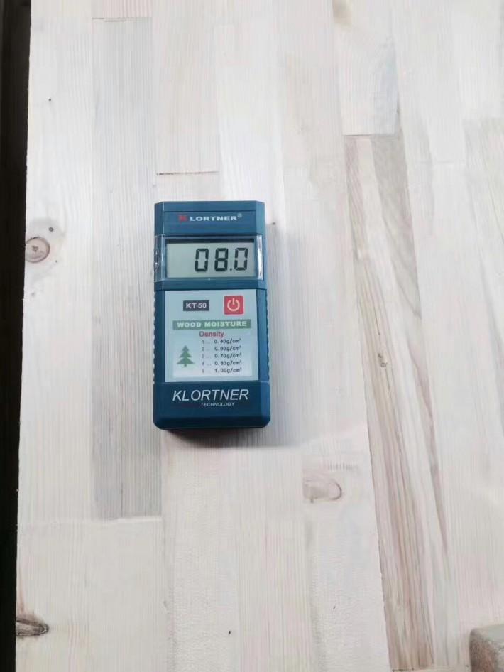 天津利鑫源木制品有限公司专业生产云杉,加松,白松,樟子松指接板、指节条