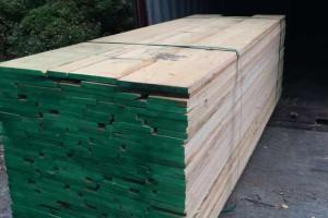 广东进口北美红橡木板材1.8~4.8米长1~2寸厚图片 (15)