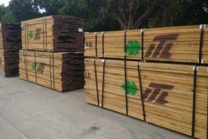 广东进口北美白橡木板材1.8~4.8米长1~2寸厚图片 (17)