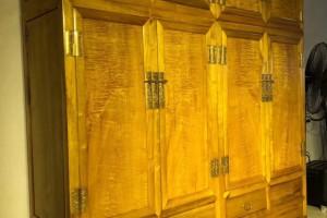 金丝楠木衣柜,顶箱柜,家具收纳柜四川大叶帧楠产品