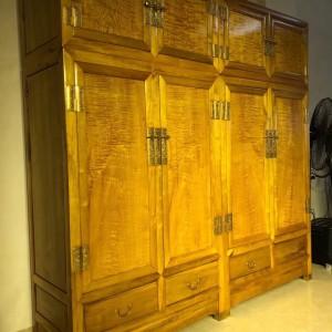 金丝楠木衣柜,顶箱柜,家具收纳柜四川大叶帧楠品牌