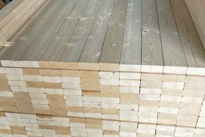 云杉床档和床挡的区别?云杉床档的优缺点和用途介绍