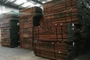橡木和胡桃木有哪些区别?家具用橡木和胡桃木哪个好?