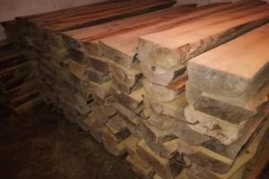 金丝楠木陈料40吨,老料,四川农村乡下收集,十分稀缺