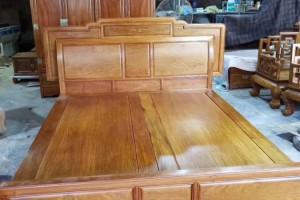 缅甸黄花梨明清古典实木大床1.8米双人床 缅花床成顺(康之居)红木家具