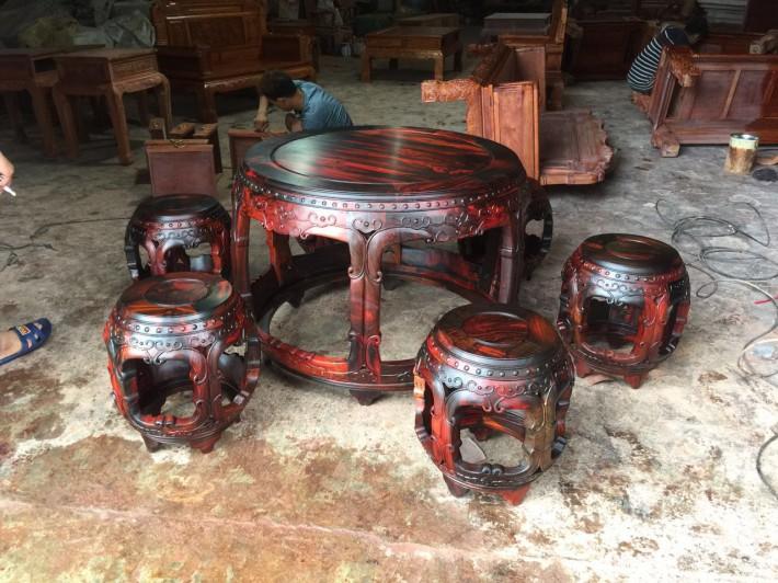 缅甸花梨木在红木家具中价格适中