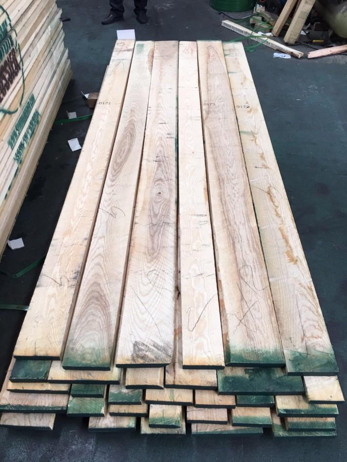 广东进口白蜡木地板材