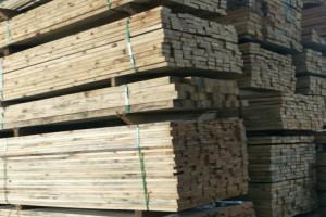 巴西松进口烘干材_进口樟子松烘干板材_烘干木方