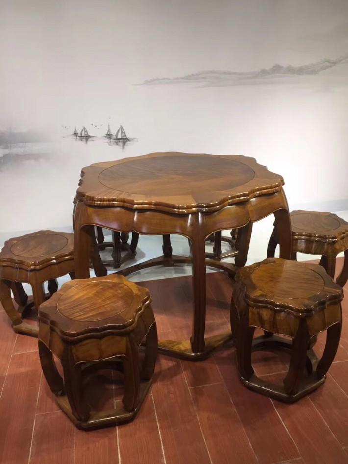 缅甸金丝楠木梅花桌