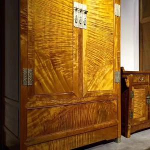 金丝楠木衣柜,顶箱柜,家具收纳柜枯木料侧门全独板顶箱柜配二联柜品牌