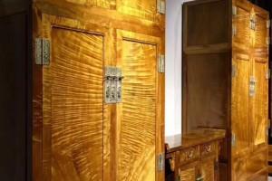金丝楠木衣柜,顶箱柜,家具收纳柜枯木料侧门全独板顶箱柜配二联柜产品