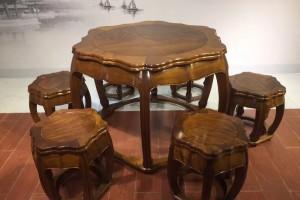 缅甸金丝楠木餐桌黄金楠直径1.13米梅花圆桌7件套休闲桌红木家具图片