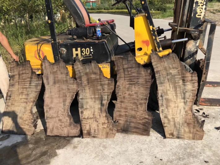 金丝楠木阴沉木木板怎么卖?