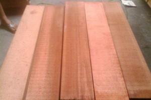 红雪松是什么木材,正宗红雪松怎么辨别