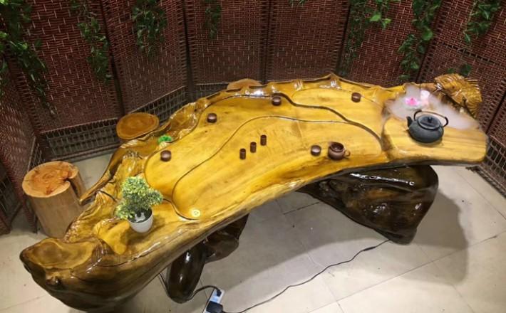 金丝楠木流水茶台