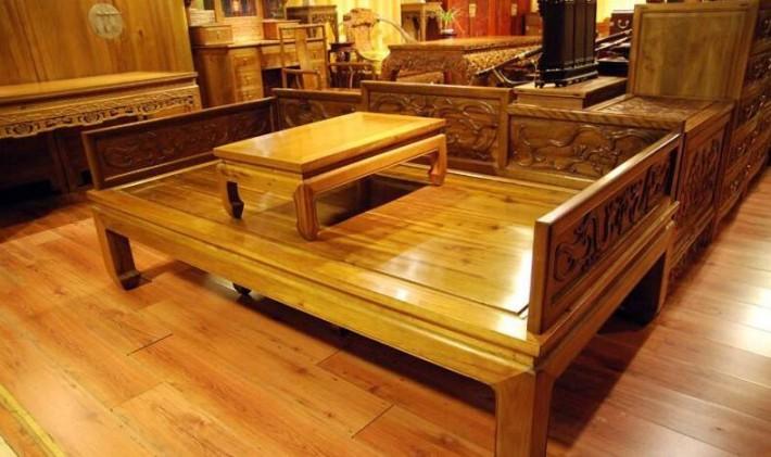 楠木家具价格在多少,楠木家具的优缺点是怎样