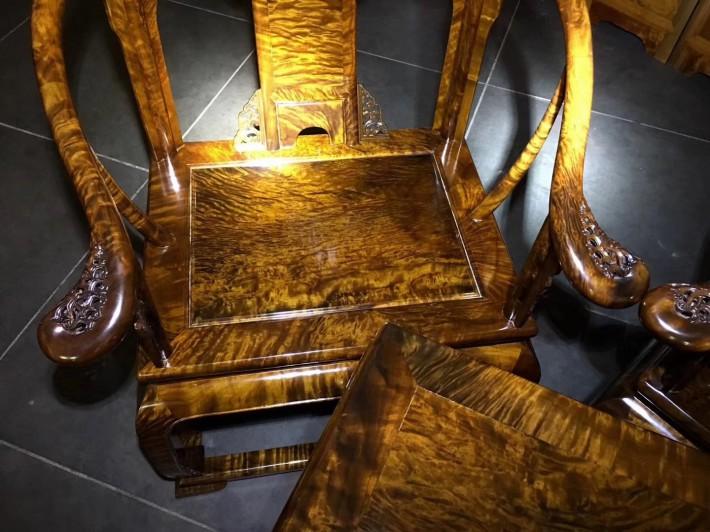 新中式雕花仿古太师椅