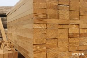 缅甸柚木板材规格料,锯切精度高,锯路小,四点一线可定制各规格的柚木板材