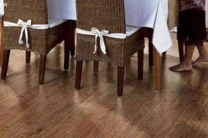 家里用橡木地板好不好,橡木地板的优缺点有哪些?