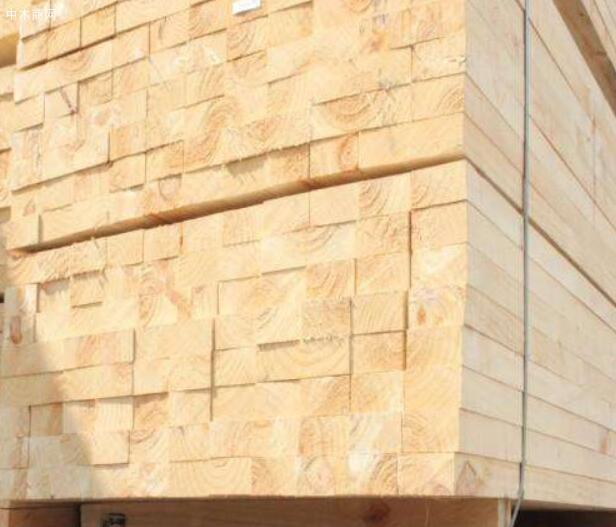辐射松建筑木方具有很强的抗腐蚀特性