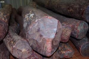 红木家具有哪些木种,价位各多少?