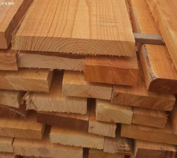 红椿木,白杨木,白椿木,榆木等各种规格的烘干板材