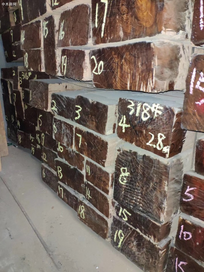缅甸柚木板材最新报价