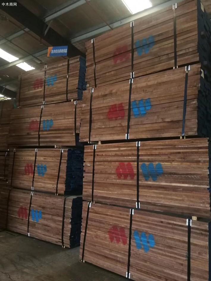 美国黑胡桃木板材各种规格批发价格