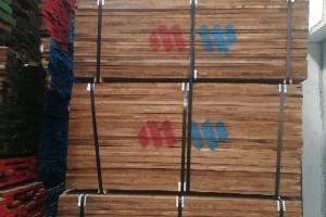 美国黑胡桃木板材价格多少钱一立方米