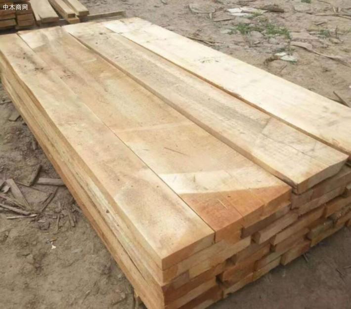 白杨木烘干板在我们日常生活中使用到的十分多