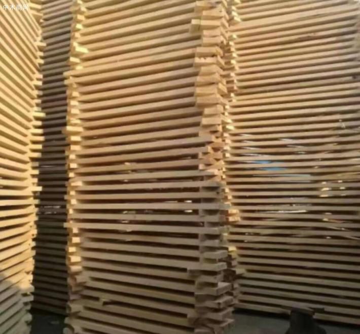 白杨木烘干板材、榆木烘干板材、红椿木烘干板材、白椿木烘干板材、苦楝木烘干板材