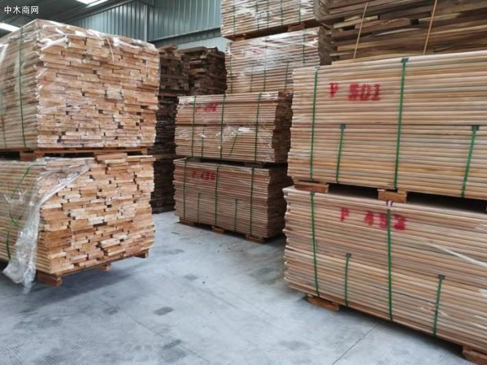 长期批量供应正宗印尼楝科大叶桃花心木板材