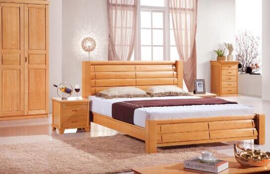 大多数的实木床都带有树木的天然香气