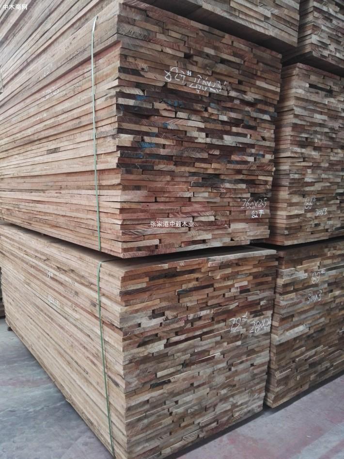 巴新胡桃木板材图片