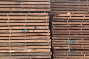 非洲材进口非洲红斑马烘干板材乌丝金木湿板家具板产品