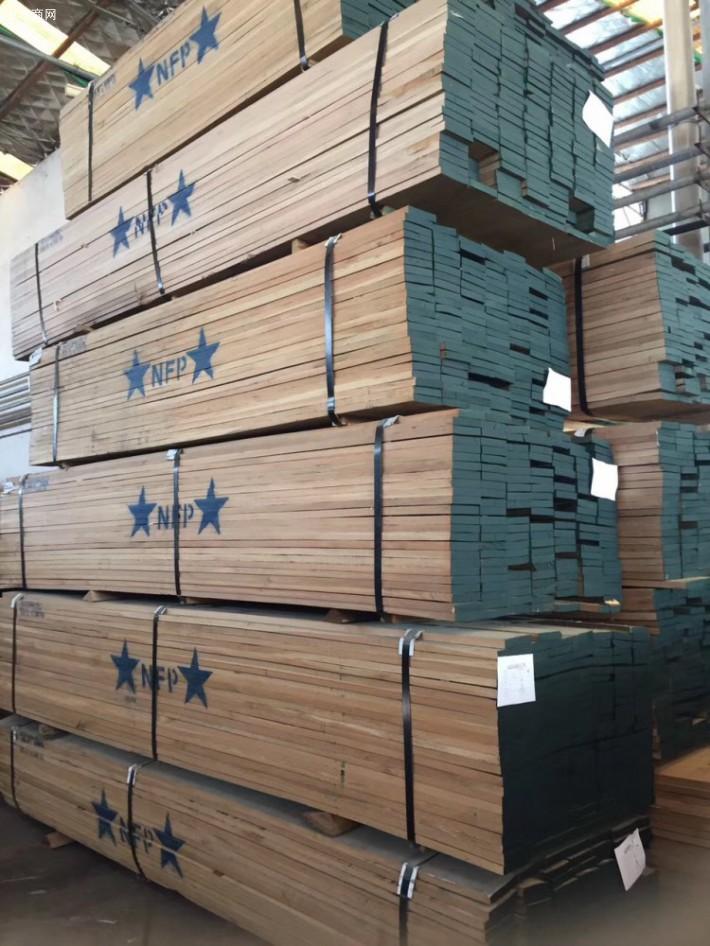 美国白橡板材