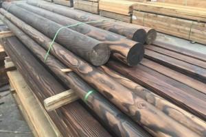 厂家长期供应樟子松碳化木防腐木原木